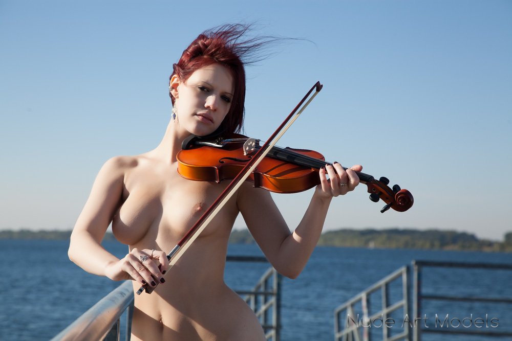 Nude playing violin, san diego whores