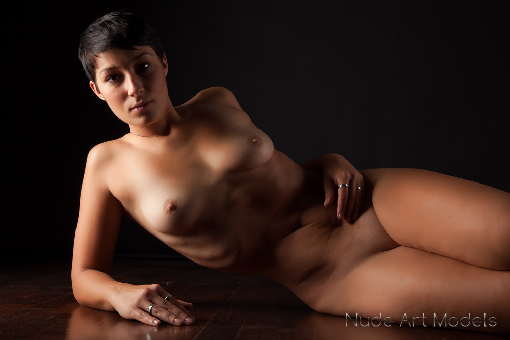 severina nude art models